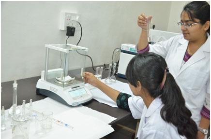 Electronic Balance (Trident, India)