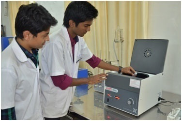 Research Centrifuge (Remi, India)