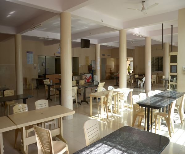 CAFETERIA MESS IN GENTS HOSTEL